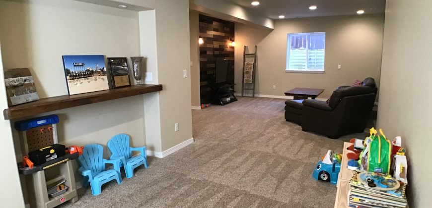 Gorgeous 2 Story Home in Gold Hill Mesa Community