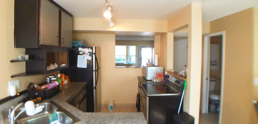 Spacious and Comfortable Townhouse for Rent in School District 11