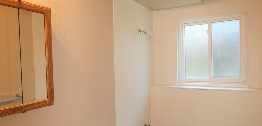 Lovely lower unit in a Duplex